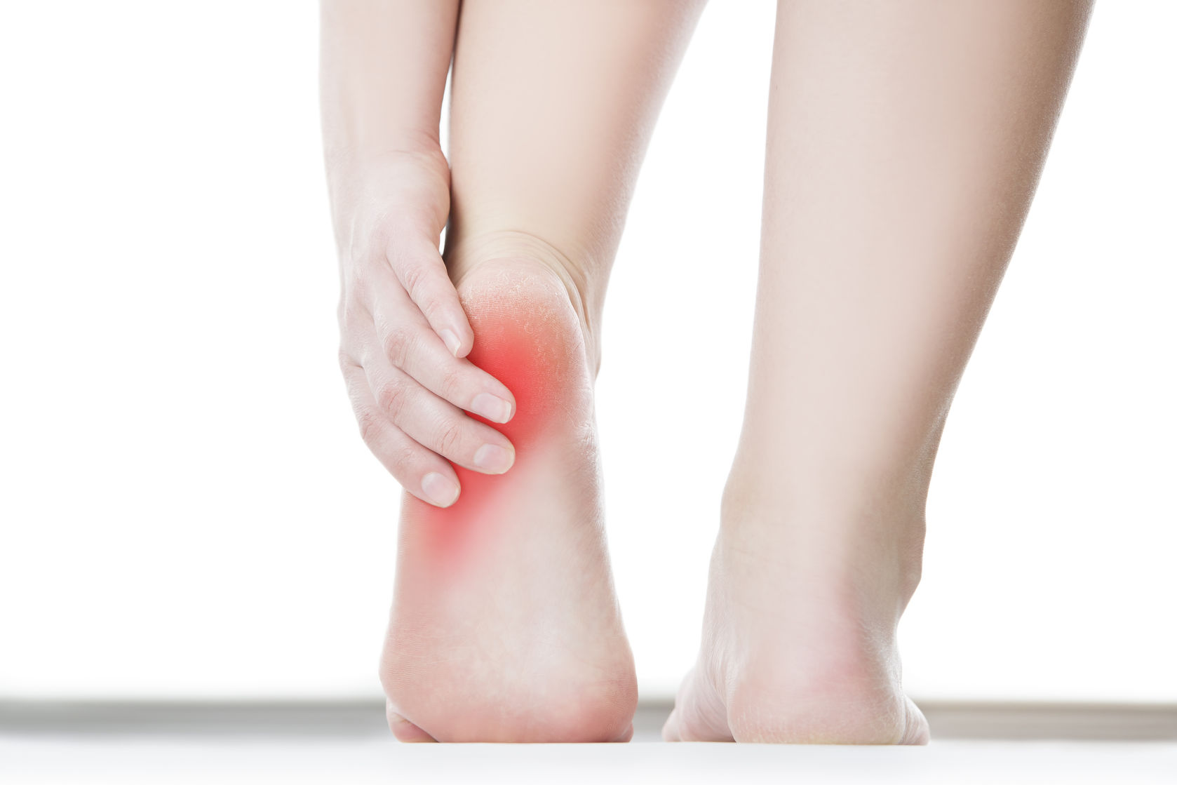 The heel hurts - it hurts to attack: the nature and 7 main causes of pain in the calcaneus. Painkillers and folk remedies for pain in the heel when advancing 85