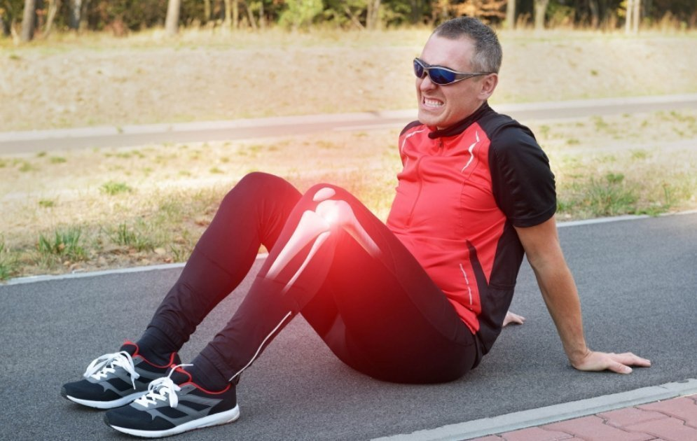 Deficiency of Vitamin B12 and Knee Pain